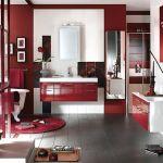 Ванная комната в красном